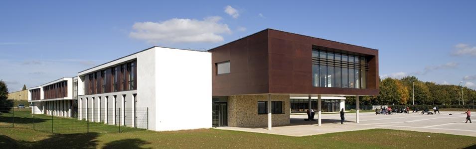 Coll ge de goussainville for Construction piscine valenciennes